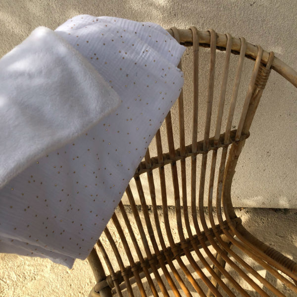 couverture-hiver-bebe-blanc