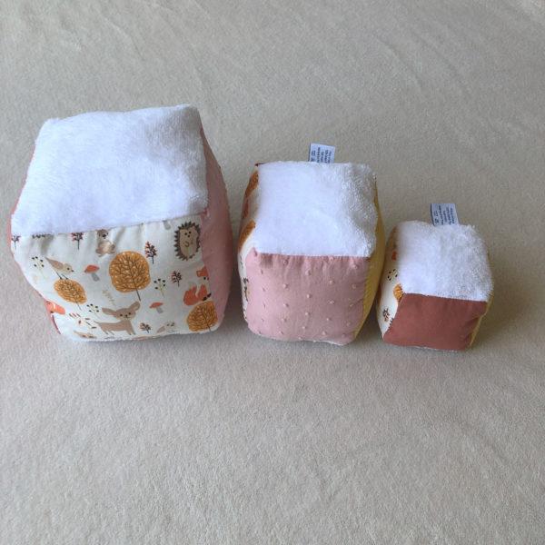 cubes-eveil-bebe-renard-rose-2