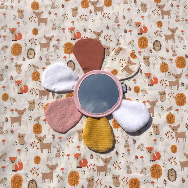 fleur-miroir-enfant-jeux-eveil-4