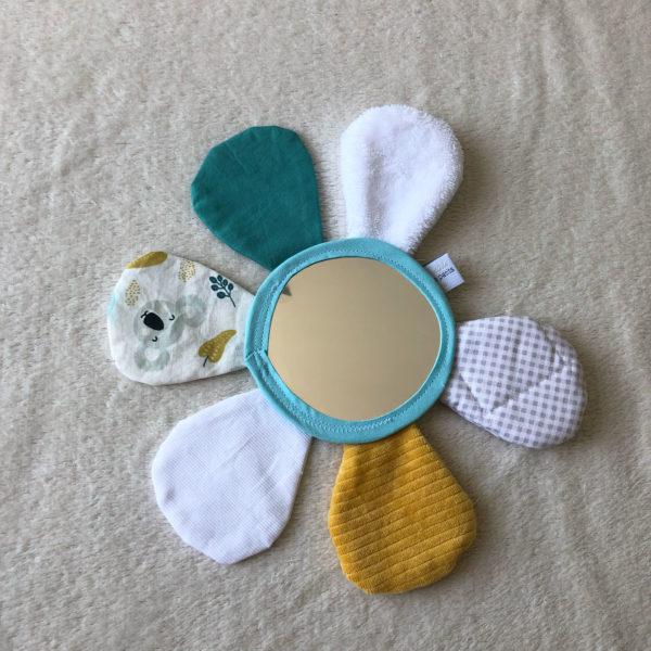 fleur-miroir-jeux-eveil-bebe